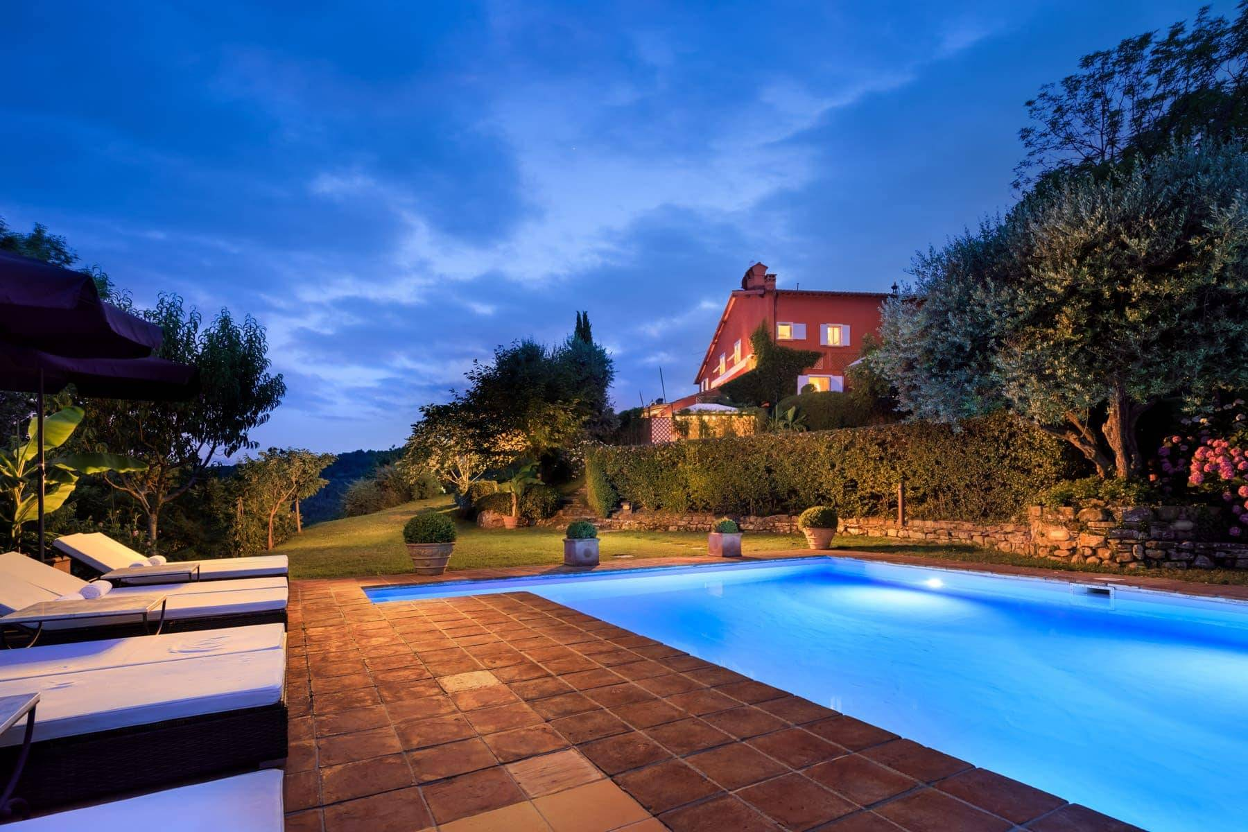 Luxury country villa with pool and olive grove in private panoramic position - 1