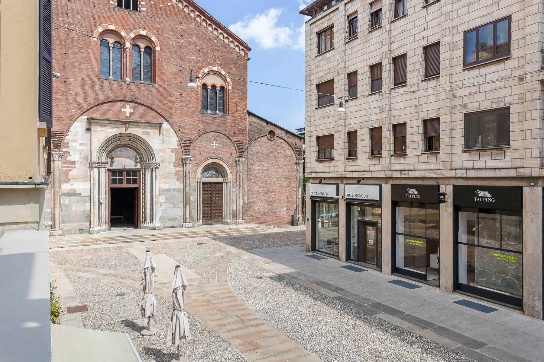 Apartment in an elegant period building located in a prestigious city district - 26