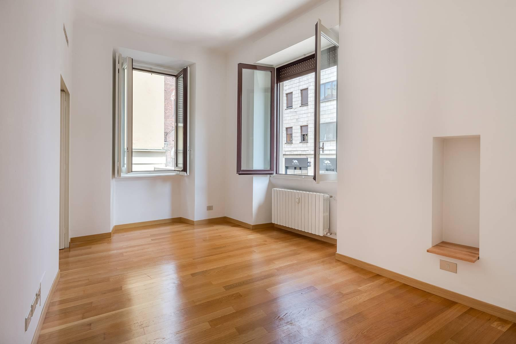 Apartment in an elegant period building located in a prestigious city district - 8