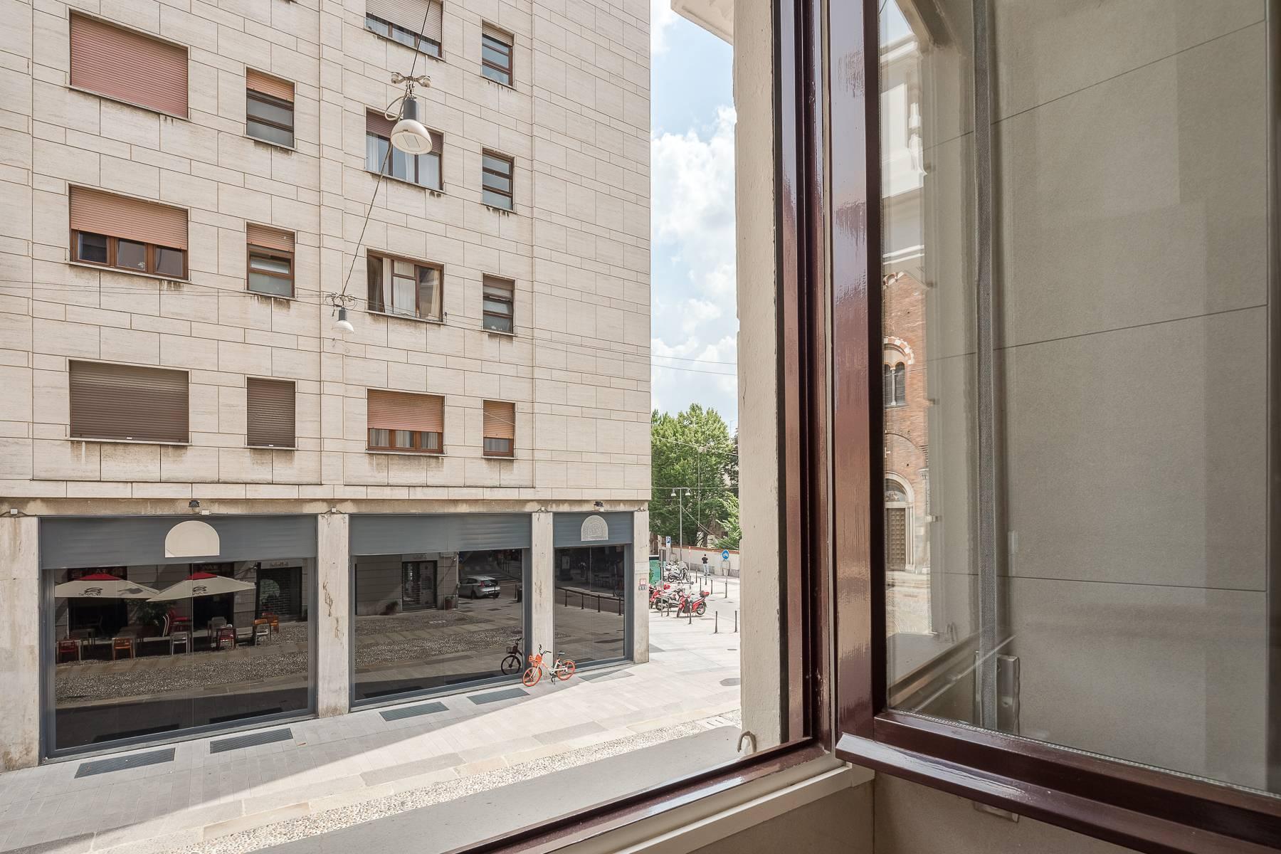 Apartment in an elegant period building located in a prestigious city district - 5