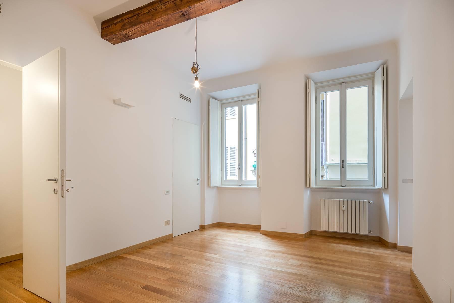 Appartamento in posizione di prestigio in elegante stabile d'epoca - 2