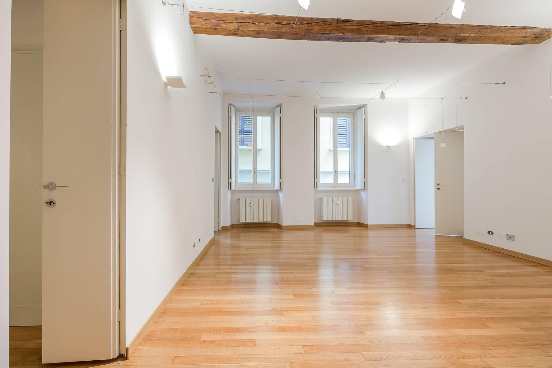Appartamento in posizione di prestigio in elegante stabile d'epoca - 12