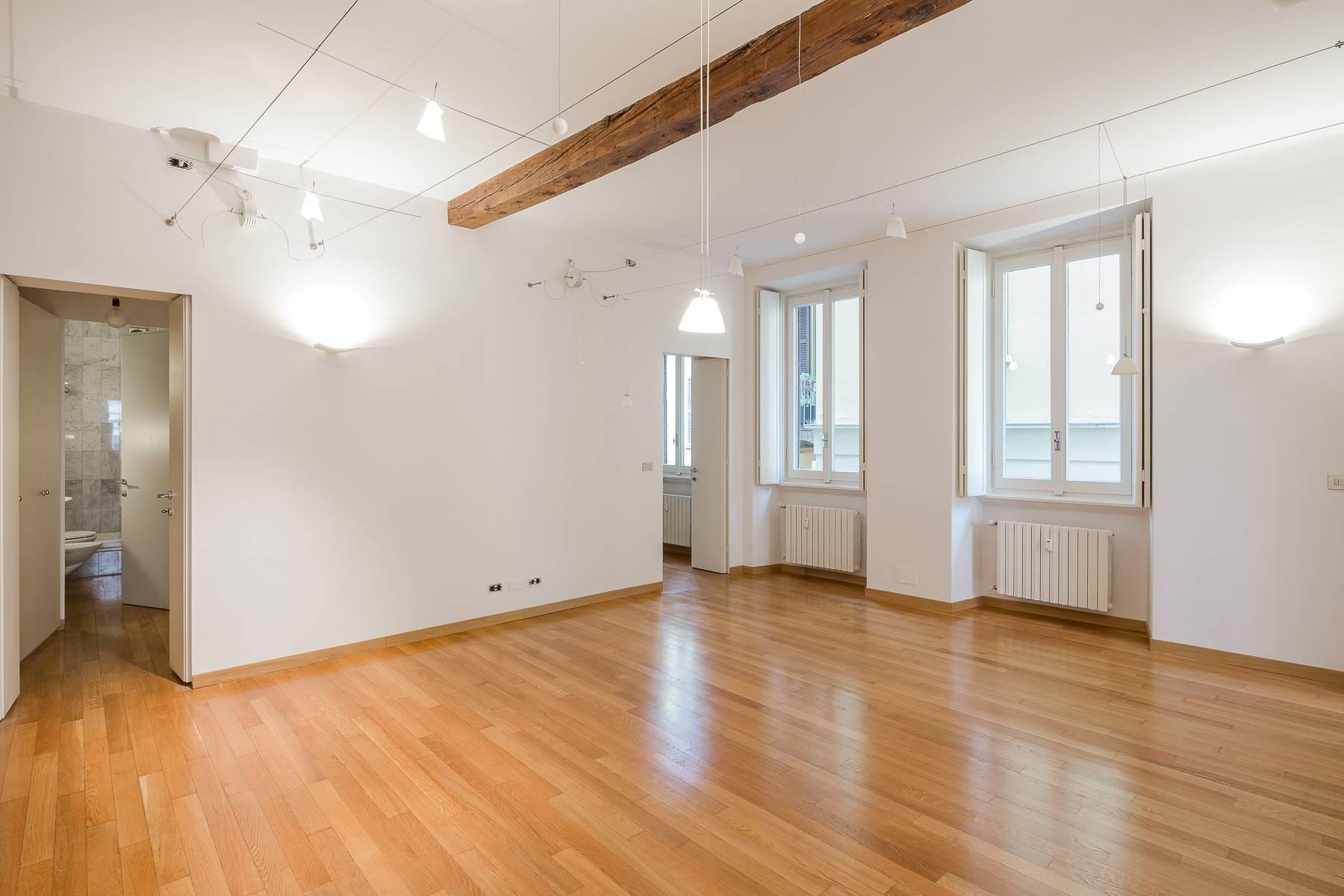 Appartamento in posizione di prestigio in elegante stabile d'epoca - 7