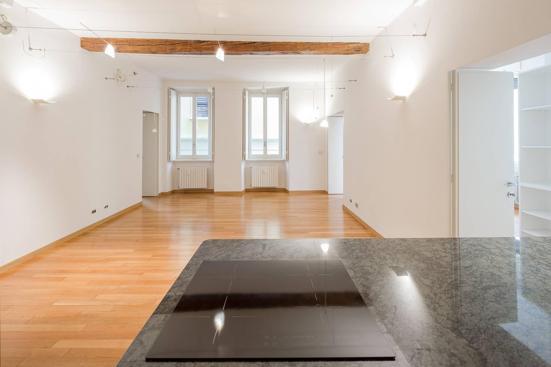 Appartamento in posizione di prestigio in elegante stabile d'epoca - 15