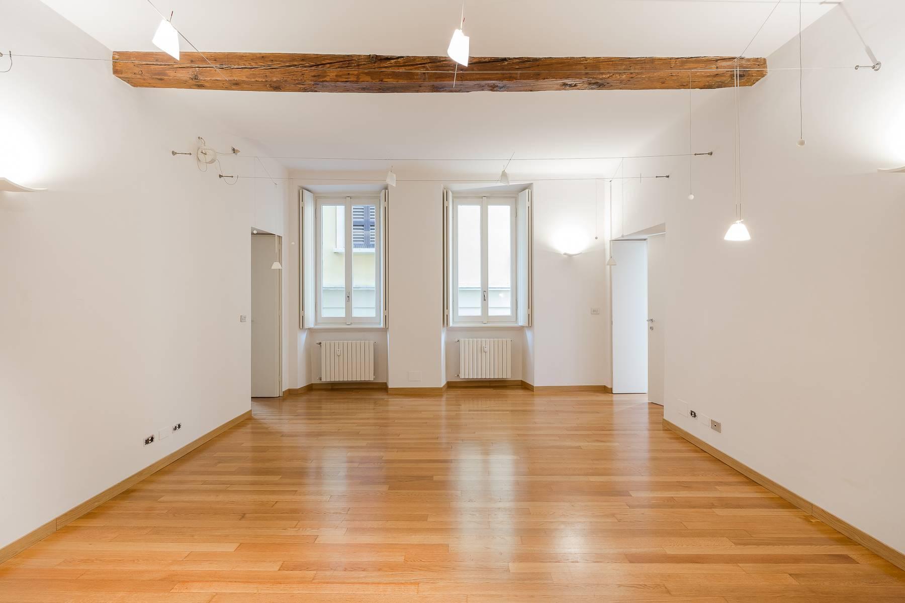 Appartamento in posizione di prestigio in elegante stabile d'epoca - 25