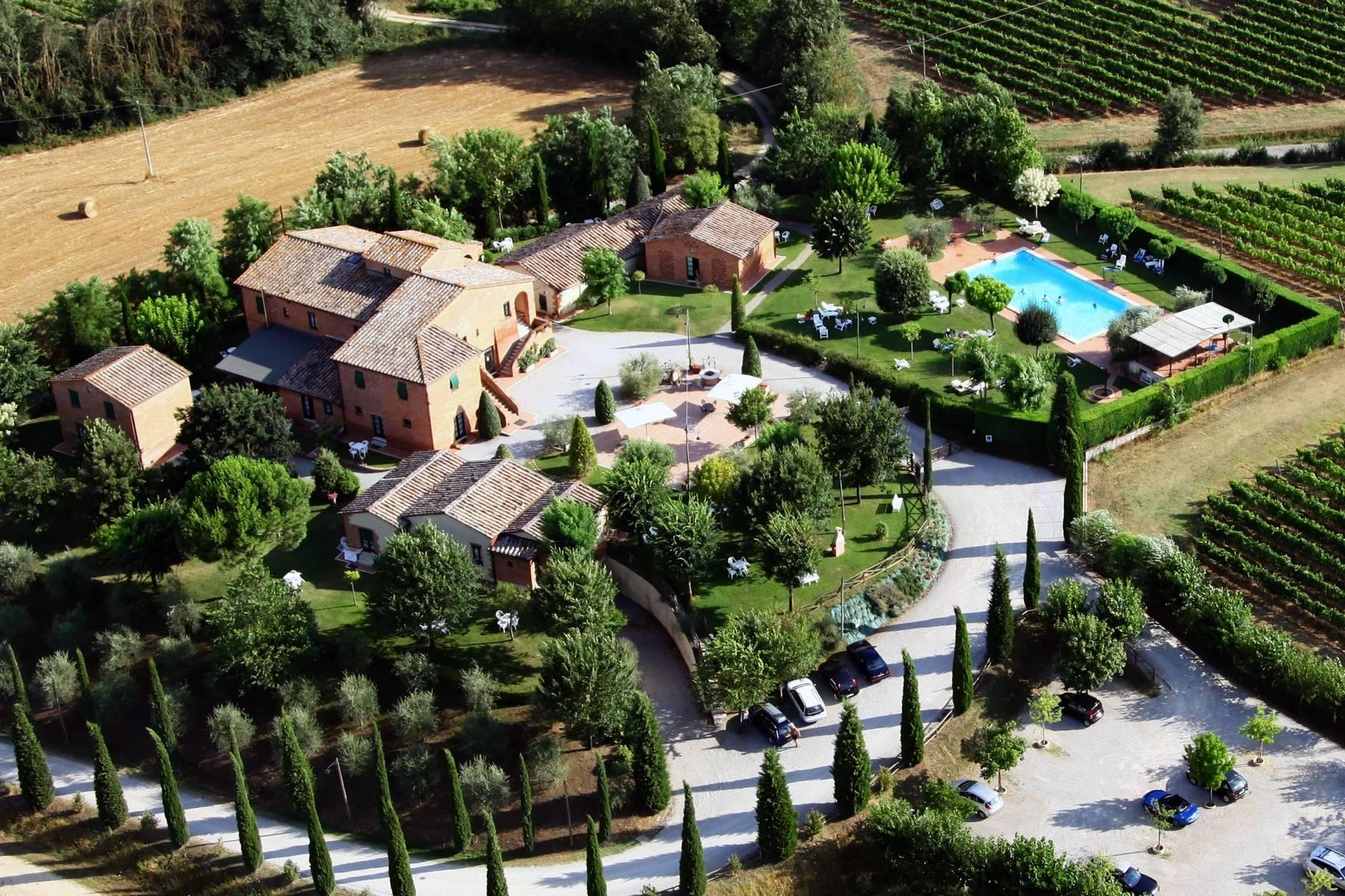 Ancient borgo with pool in Montepulciano - 17