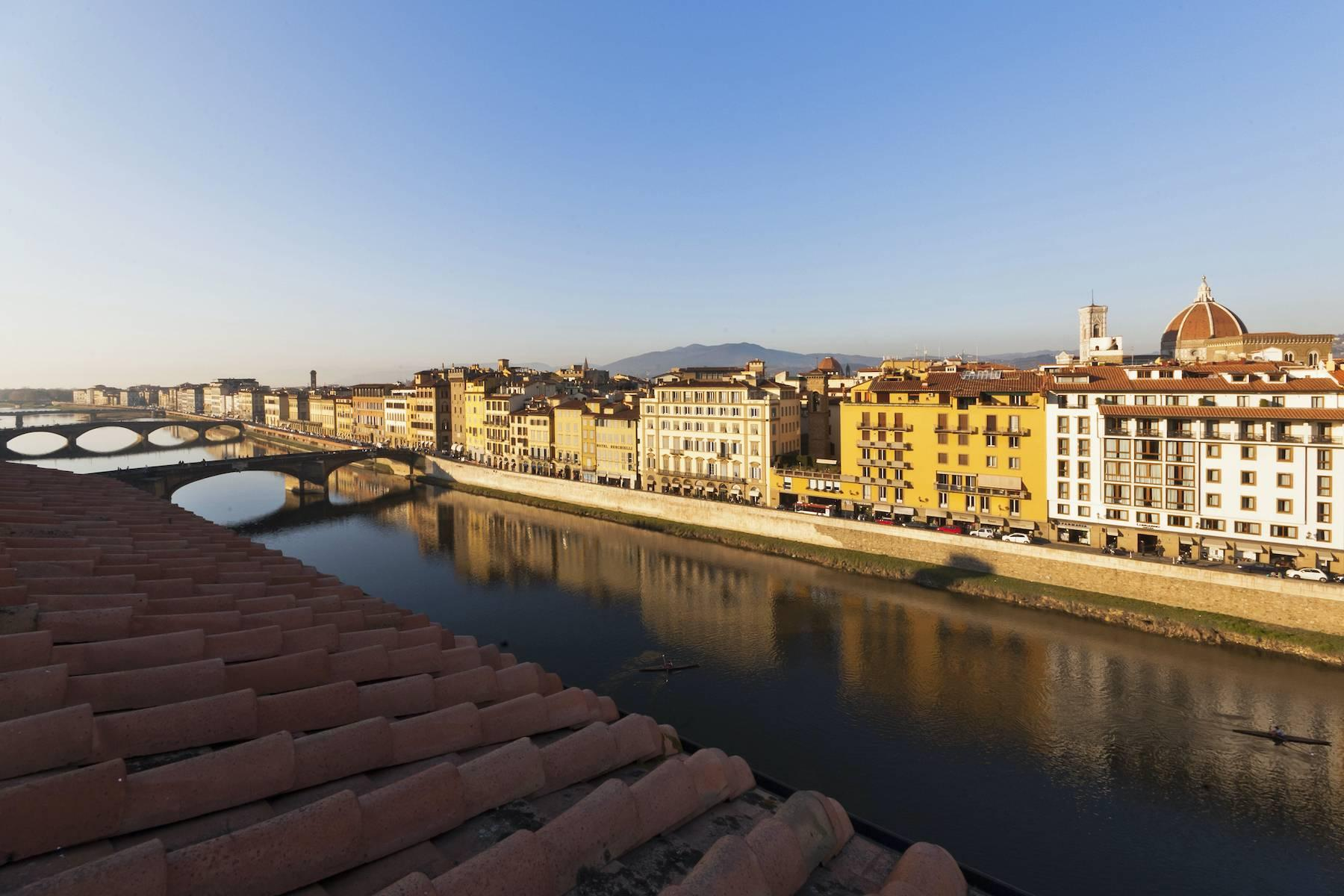 Stunning terrace penthouse on Ponte Vecchio - 5