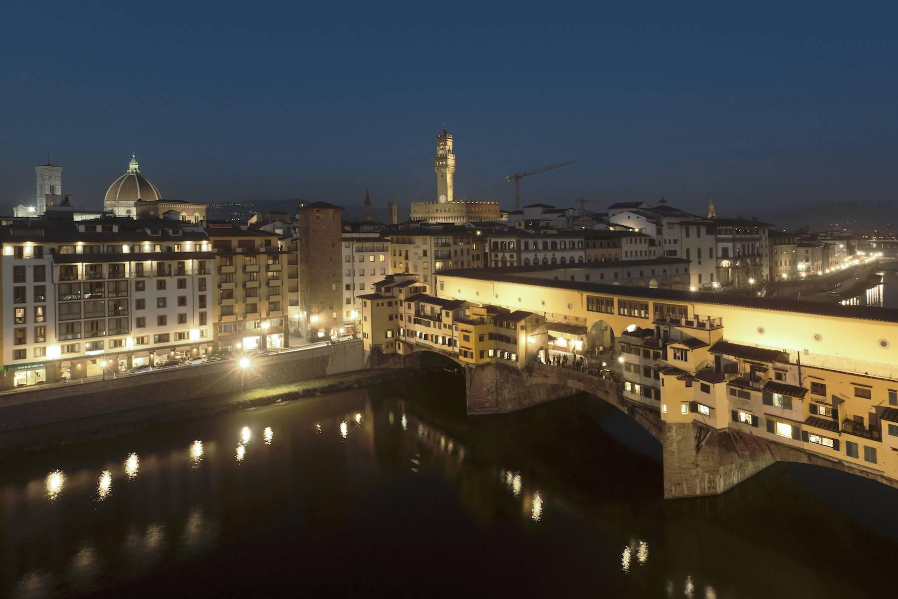 Stunning terrace penthouse on Ponte Vecchio - 6