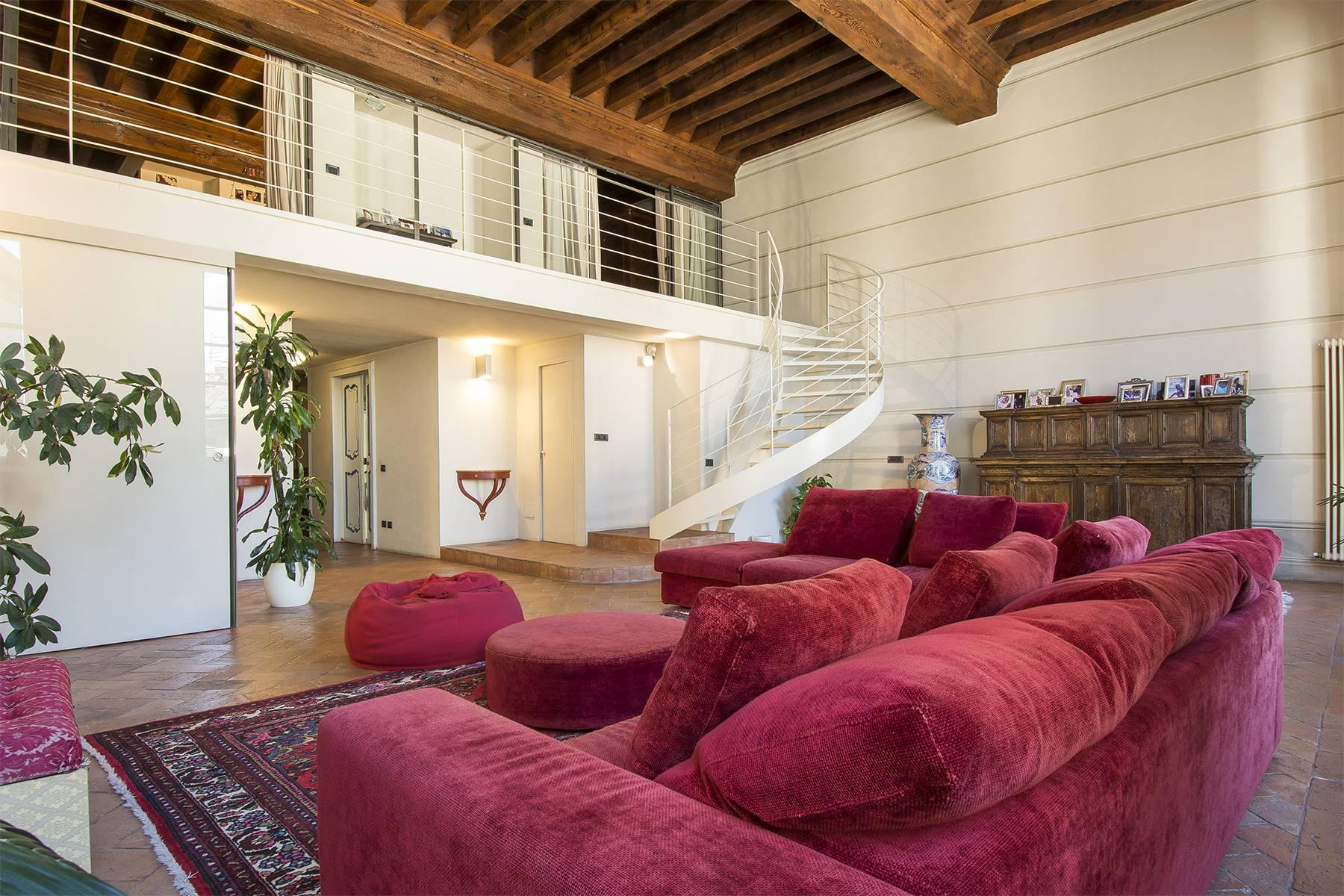Luxury Apartment in prestigious building in Lucca historic centre - 14