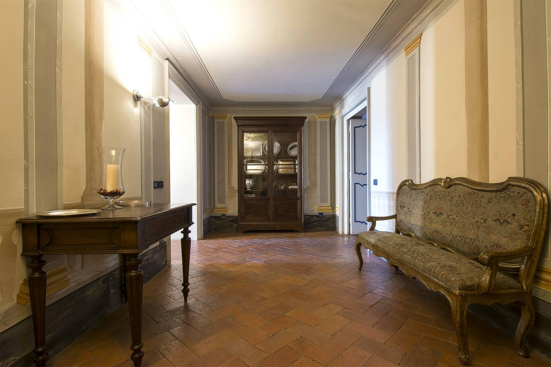Luxury Apartment in prestigious building in Lucca historic centre - 10