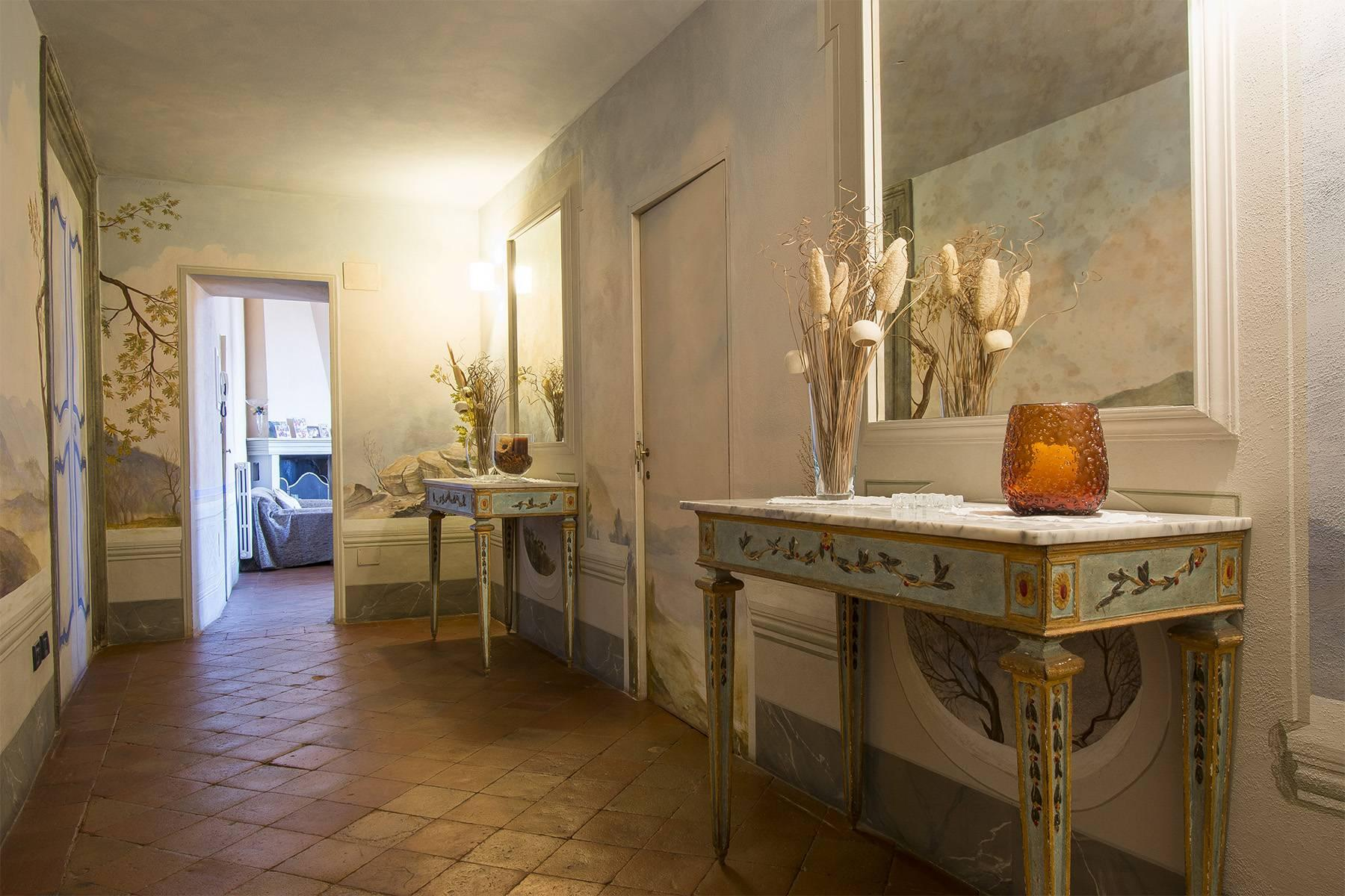 Luxury Apartment in prestigious building in Lucca historic centre - 7