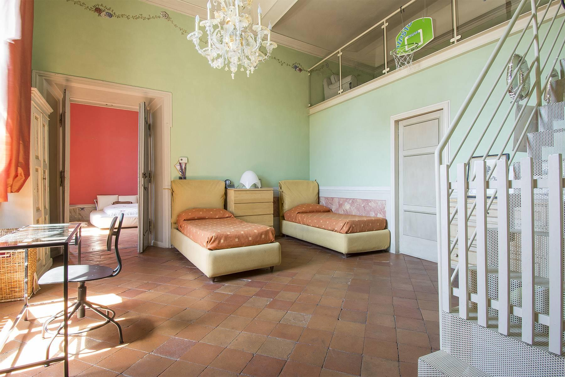 Luxury Apartment in prestigious building in Lucca historic centre - 11