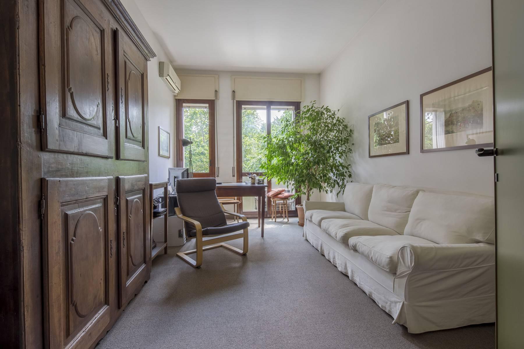 Luminoso appartamento in posizione strategica - 1