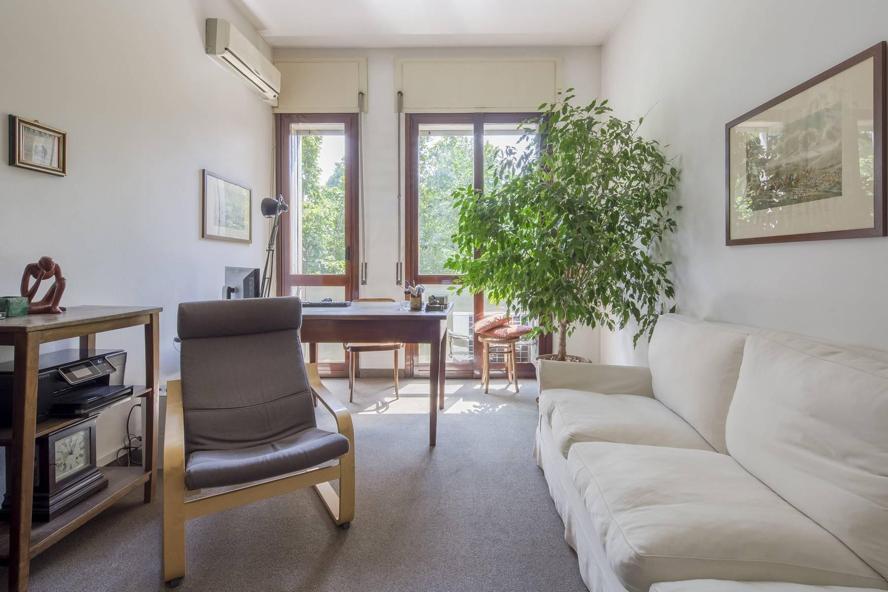 Luminoso appartamento in posizione strategica - 3