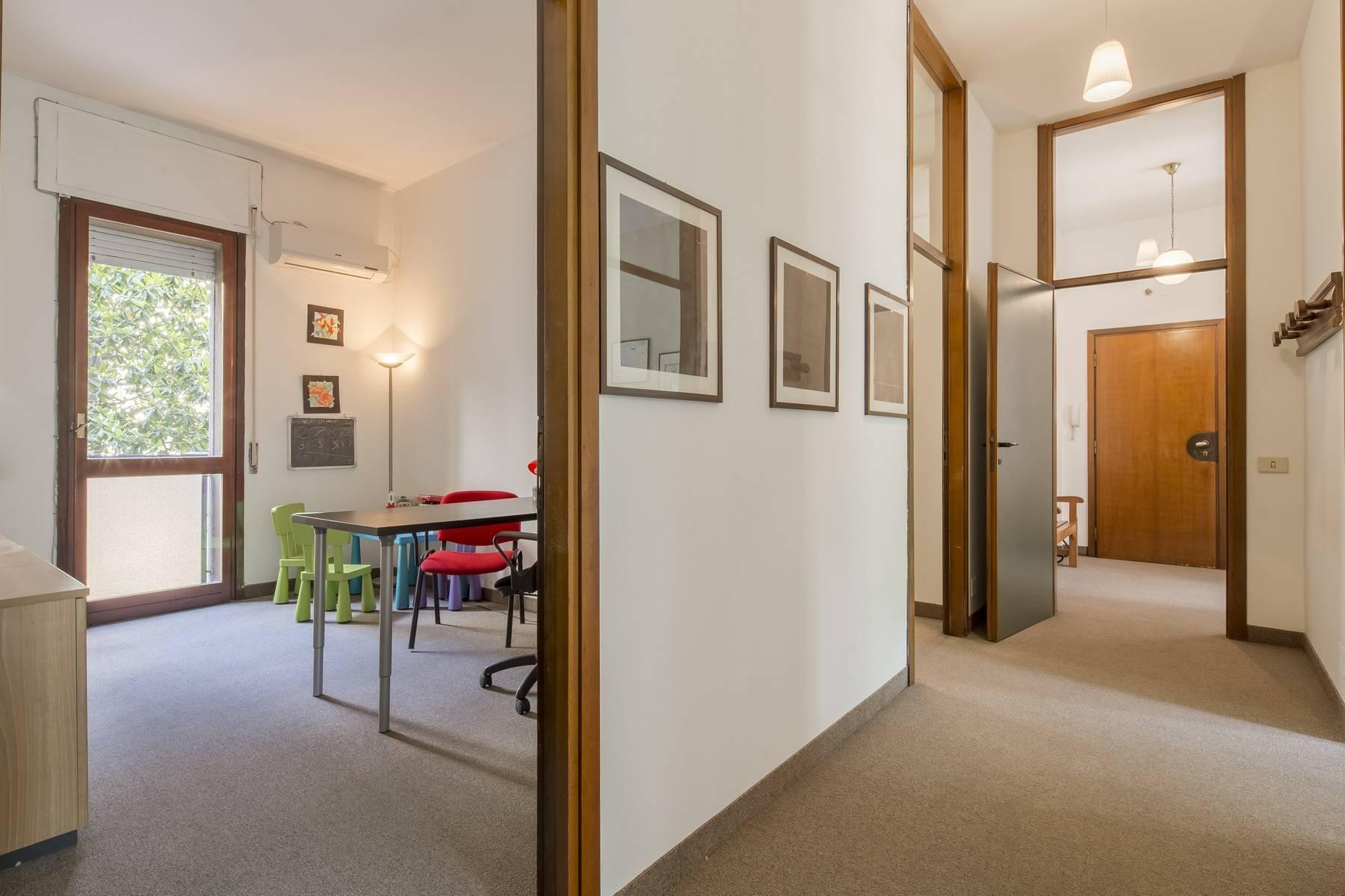 Luminoso appartamento in posizione strategica - 10