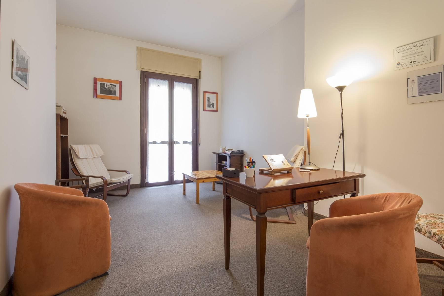 Luminoso appartamento in posizione strategica - 6