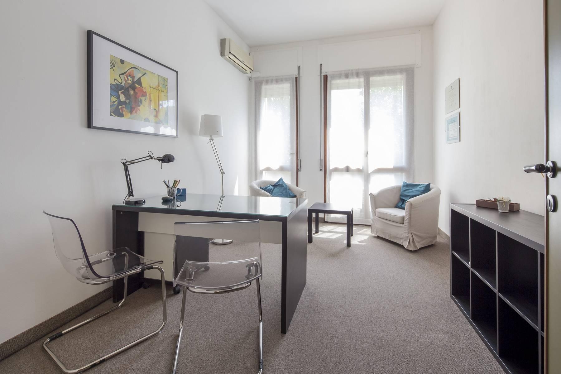 Luminoso appartamento in posizione strategica - 9