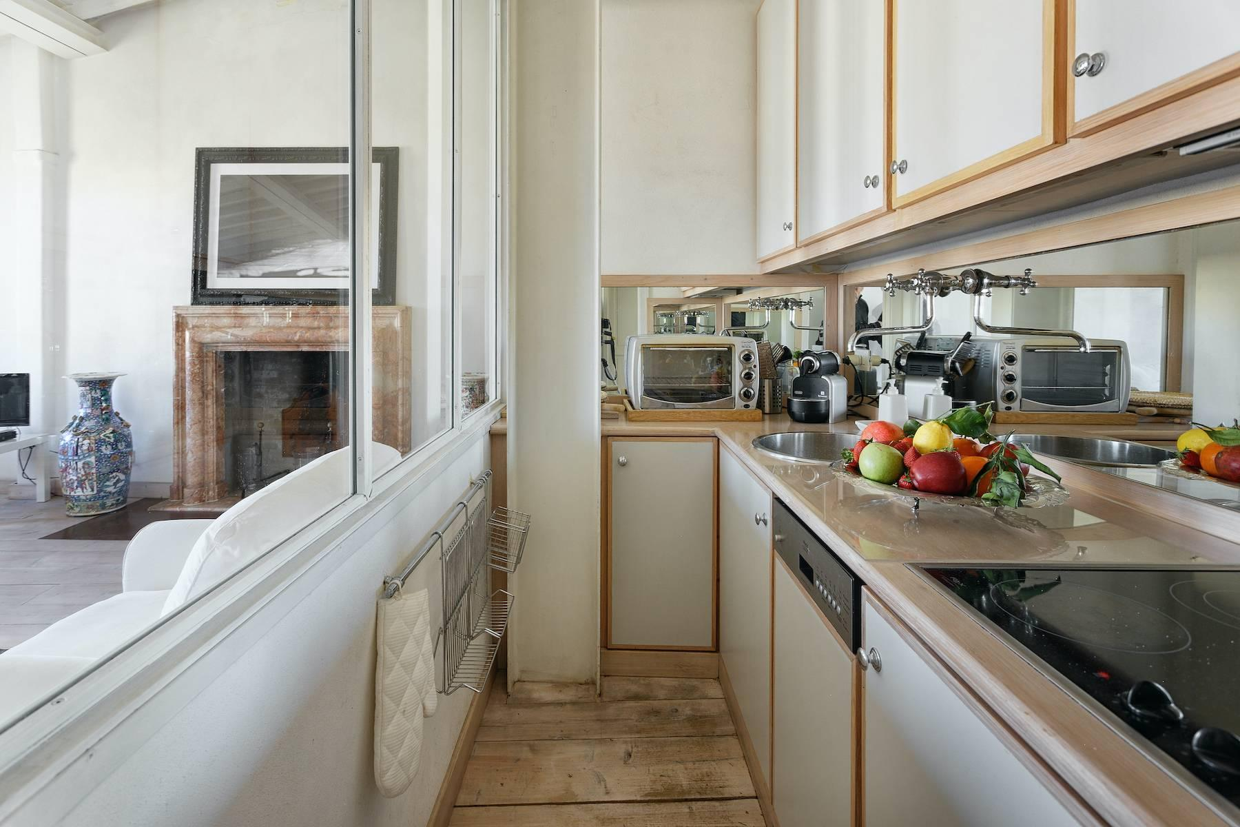 Charming apartment overlooking Ponte Vecchio - 15
