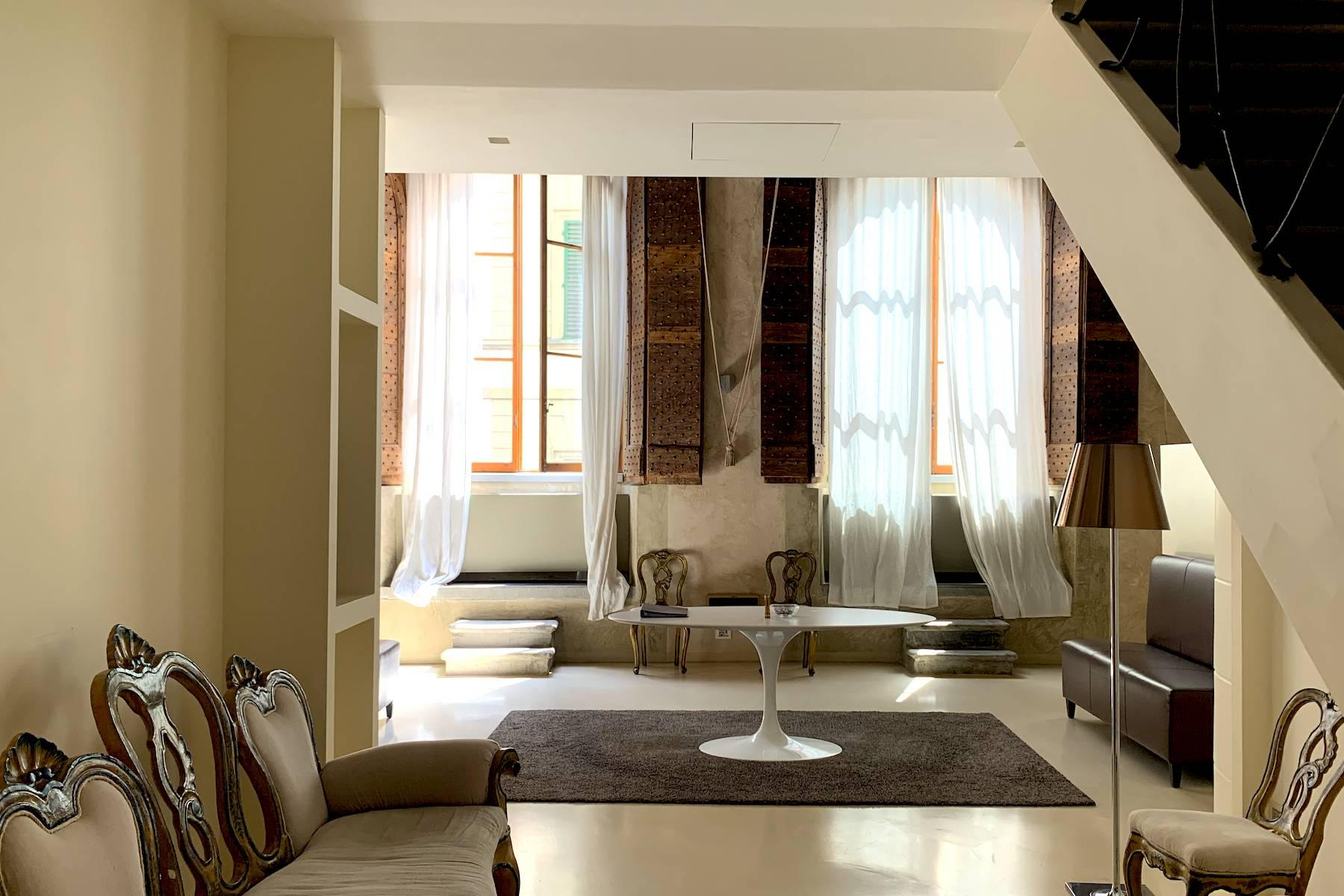 Frescoed apartment in the heart of Florence - 7