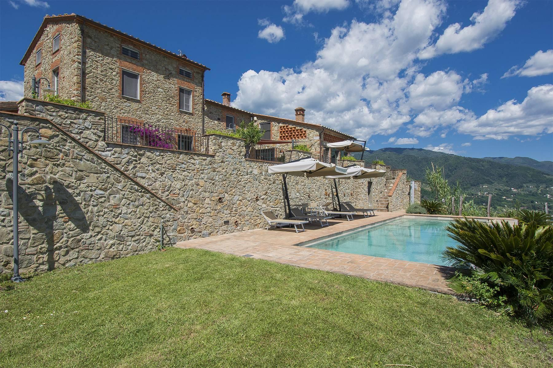 Stunning Country villa on the hills of Lucca with vineyard - 13