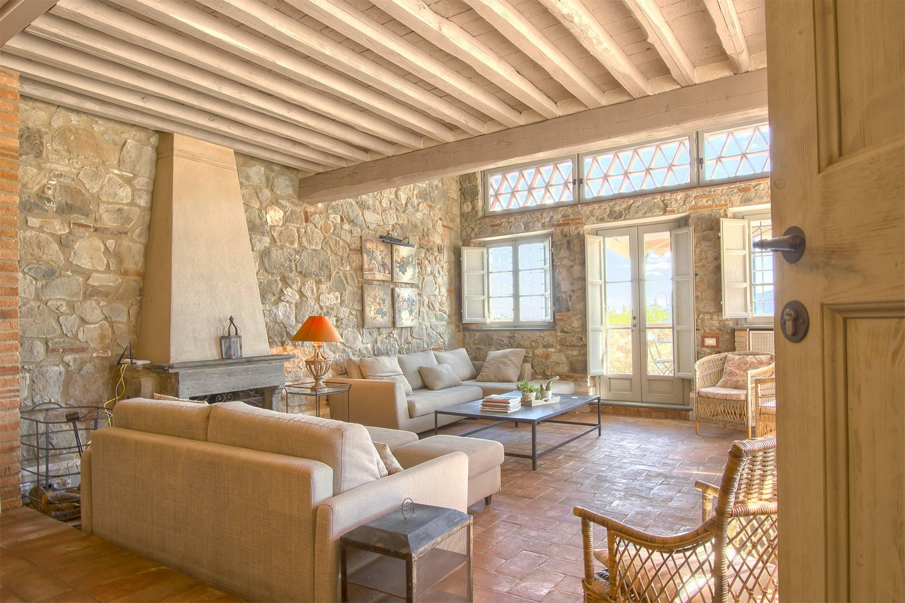 Stunning Country villa on the hills of Lucca with vineyard - 6