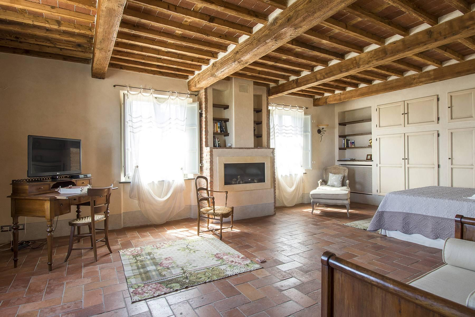 Stunning Country villa on the hills of Lucca with vineyard - 20