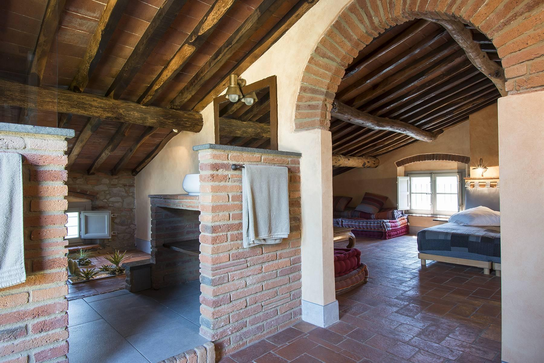 Stunning Country villa on the hills of Lucca with vineyard - 22