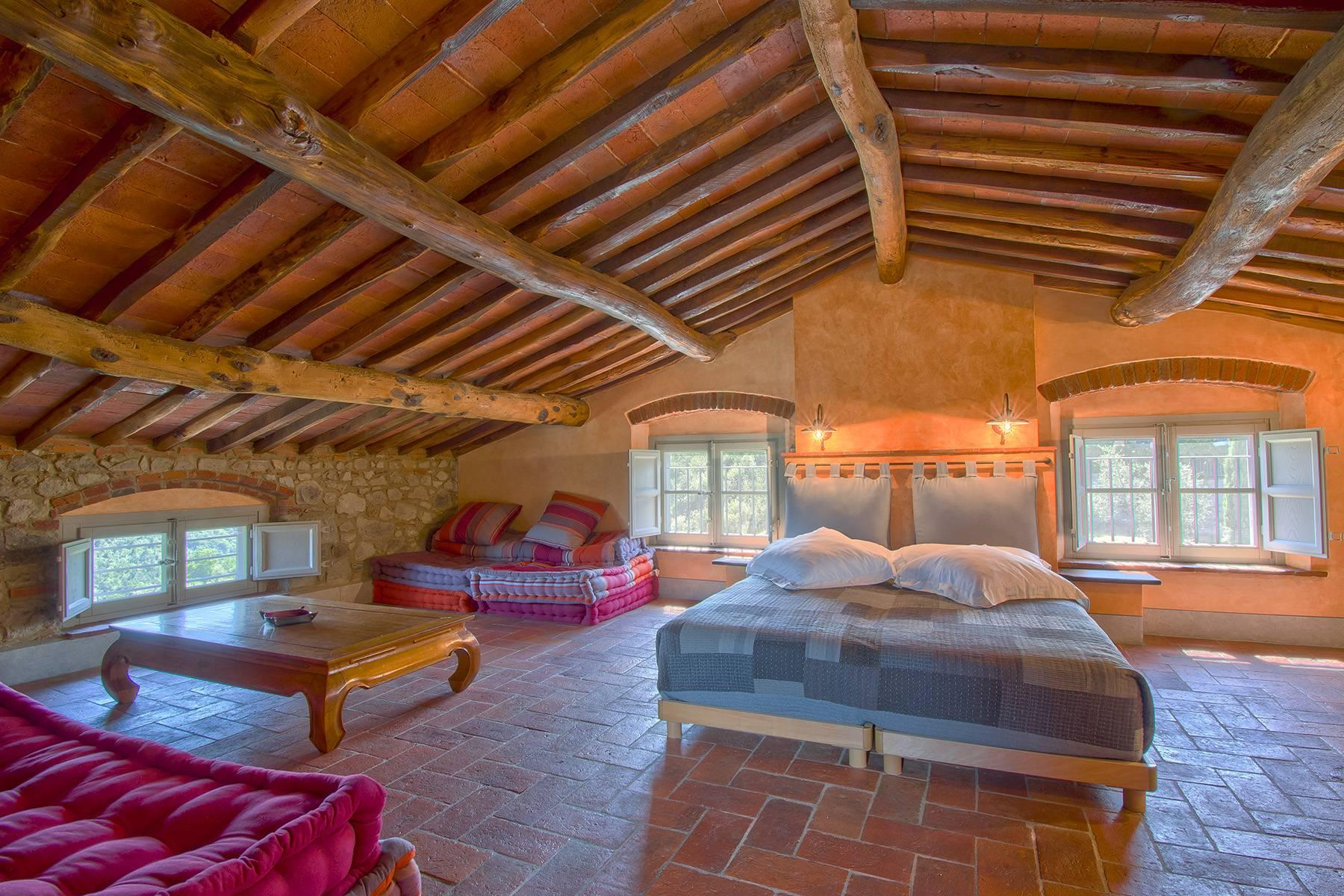 Stunning Country villa on the hills of Lucca with vineyard - 9