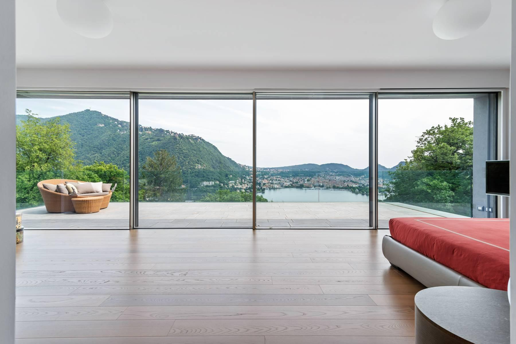 Contemporary villa in one of the best residential areas of Lake Como - 3