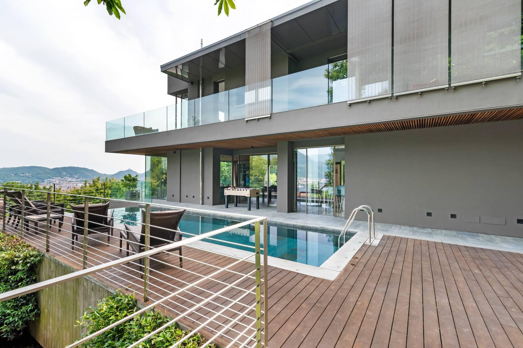 Contemporary villa in one of the best residential areas of Lake Como - 4