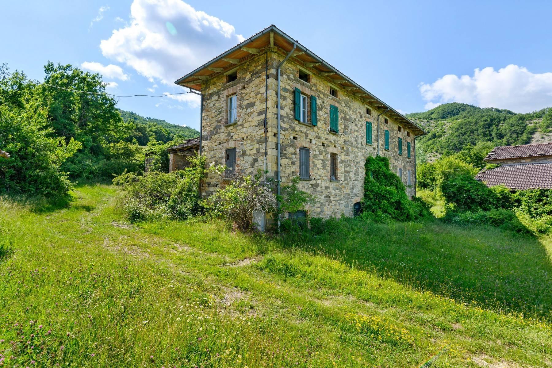 Magnifique château du XIIIe siècle avec fermes - 9