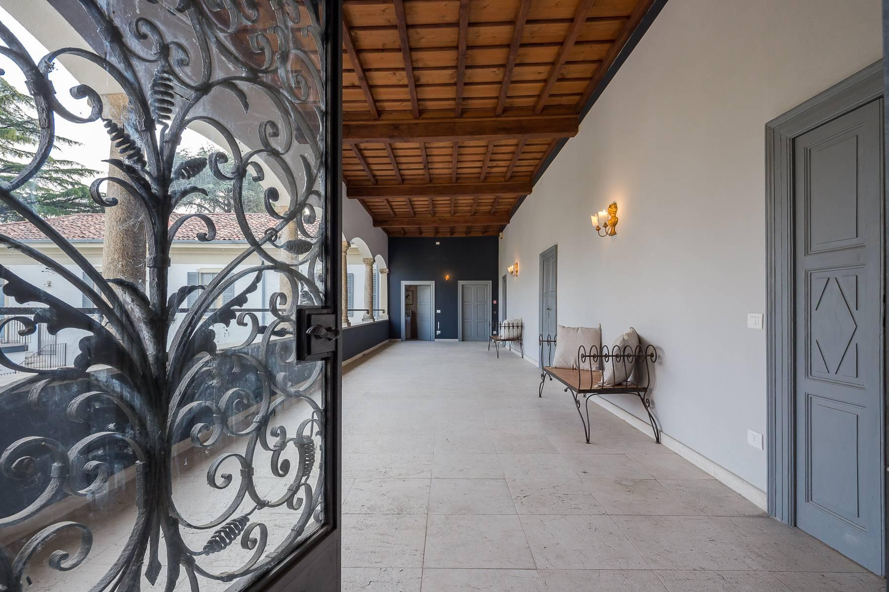 Beautiful historic villa surrounded by a park of about 2.2 hectares 30 minutes from Milan - 27