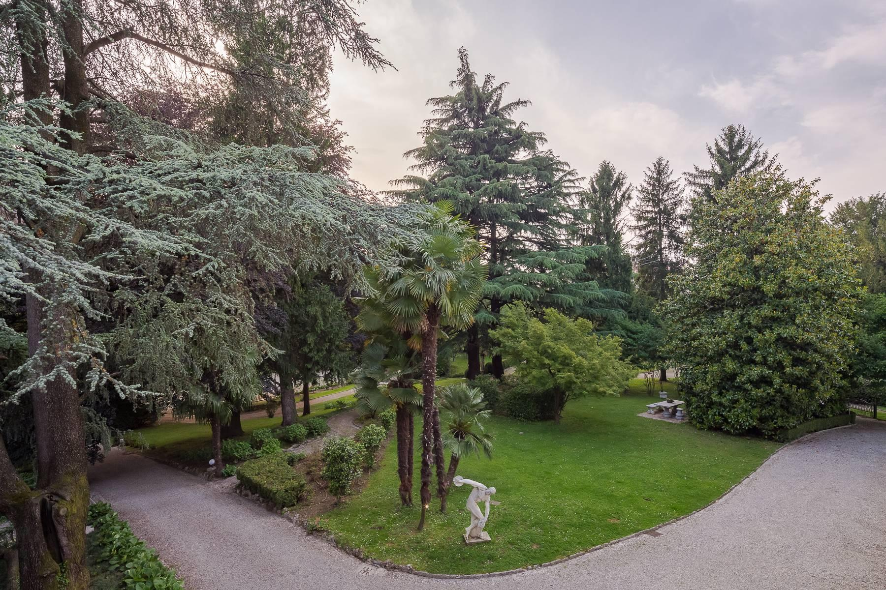 Beautiful historic villa surrounded by a park of about 2.2 hectares 30 minutes from Milan - 46