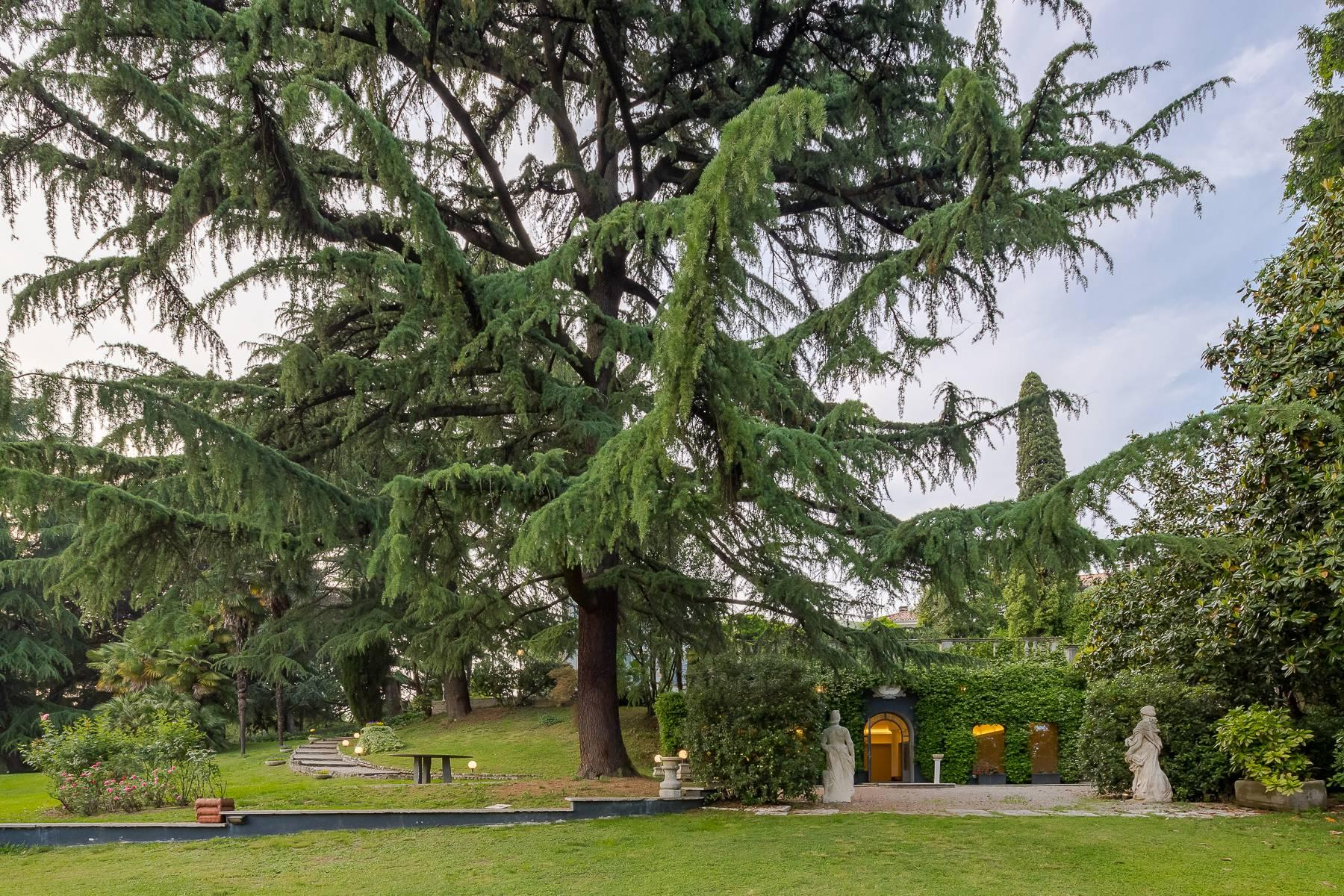 Beautiful historic villa surrounded by a park of about 2.2 hectares 30 minutes from Milan - 39