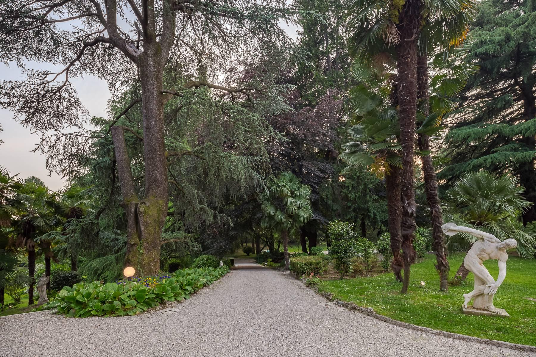 Beautiful historic villa surrounded by a park of about 2.2 hectares 30 minutes from Milan - 44