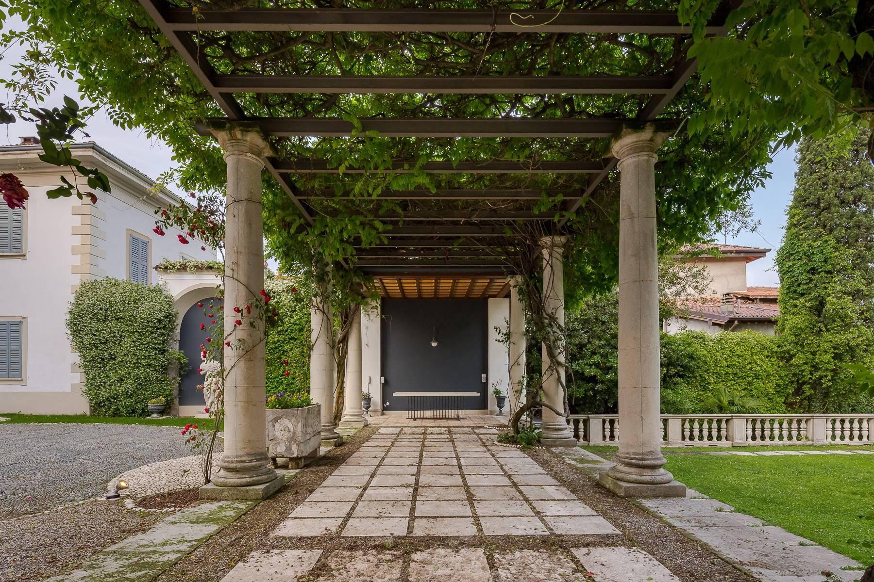Beautiful historic villa surrounded by a park of about 2.2 hectares 30 minutes from Milan - 50