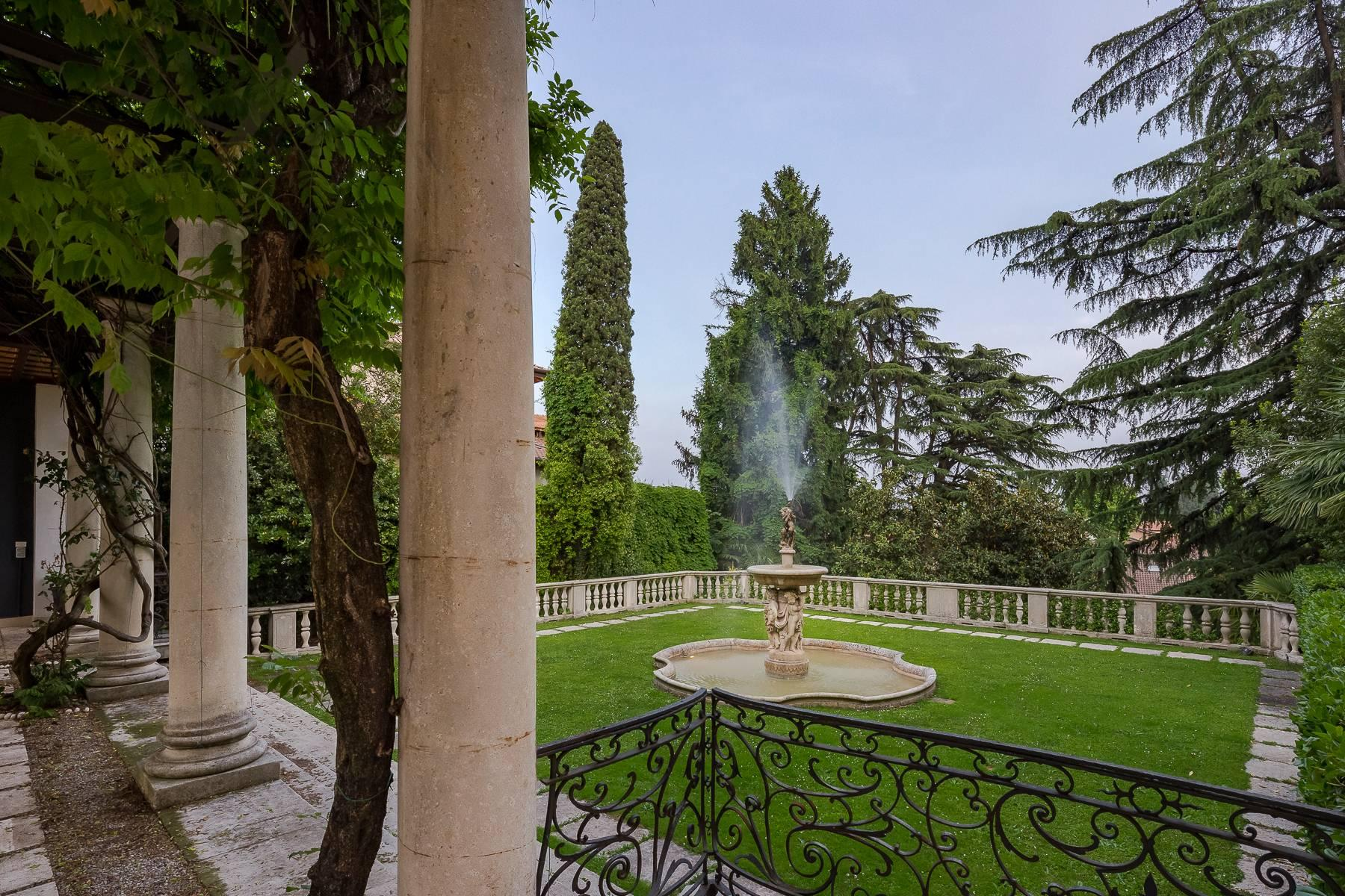 Beautiful historic villa surrounded by a park of about 2.2 hectares 30 minutes from Milan - 51