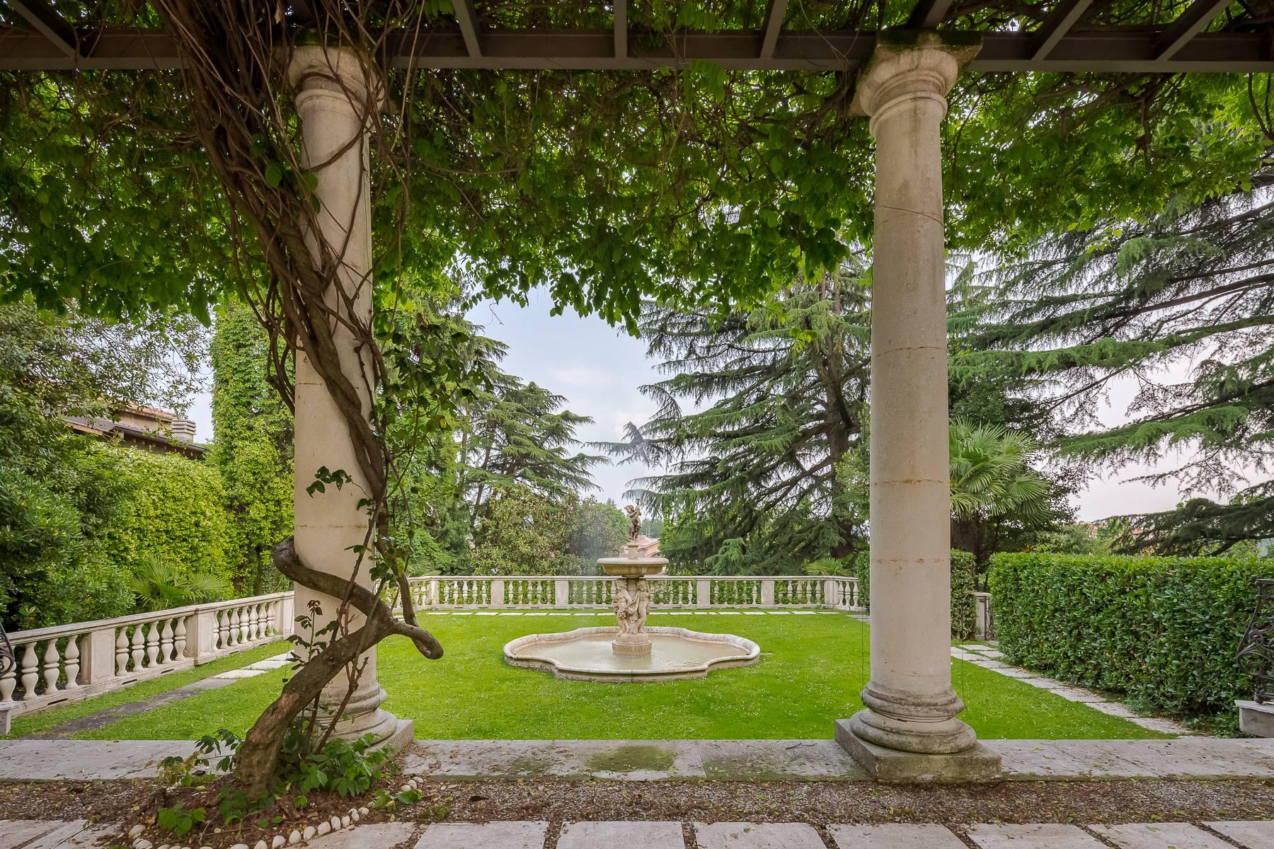 Beautiful historic villa surrounded by a park of about 2.2 hectares 30 minutes from Milan - 52