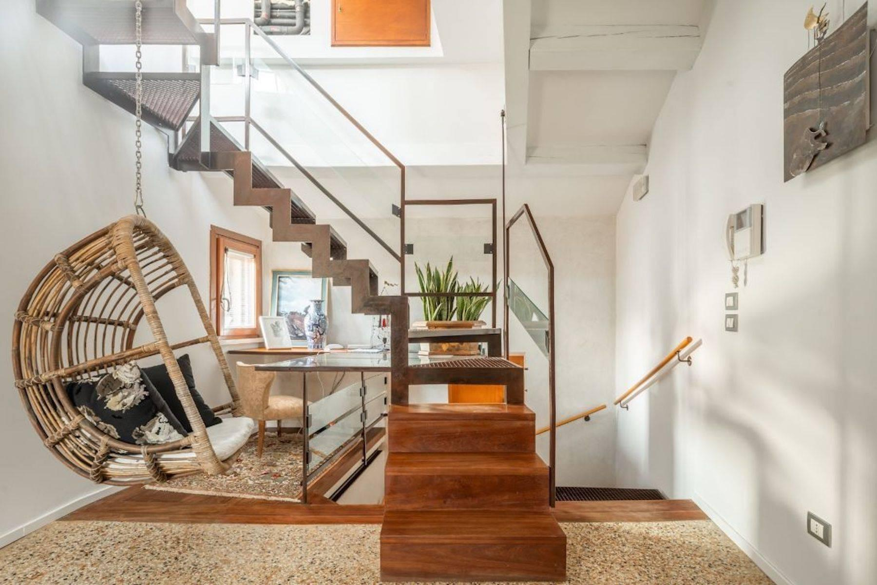 Frari stylish 4 storey house with altana terrace - 10