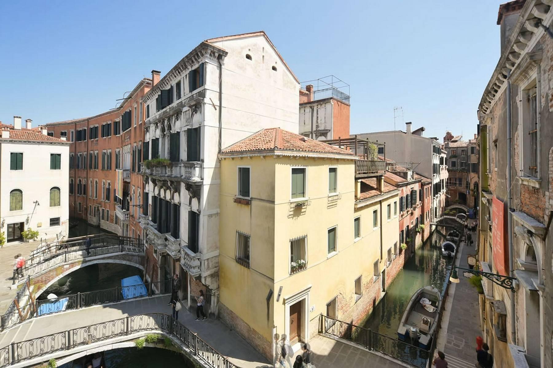 Appartement de design dans le Palazzo Querini Stampalia / S.M. Formosa - 5