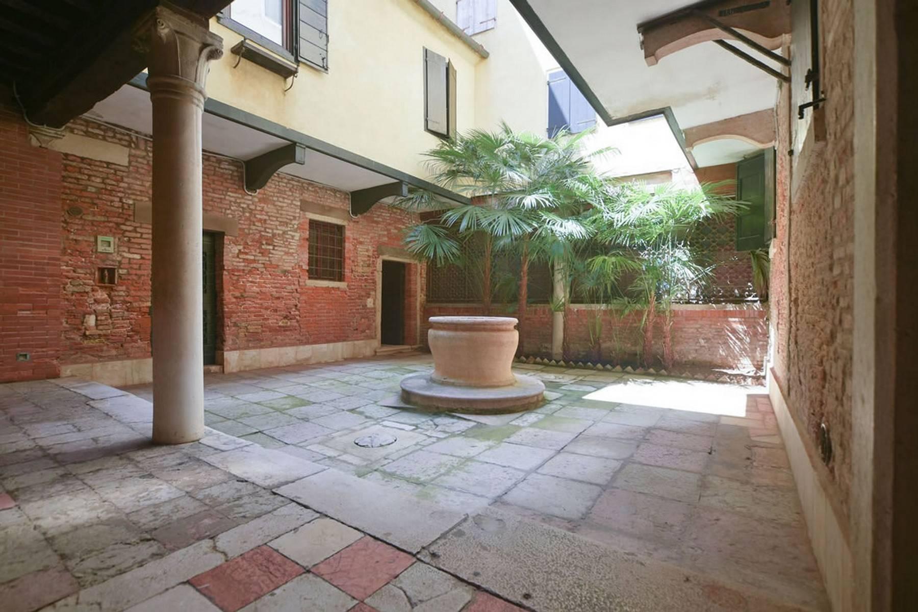 Appartement de design dans le Palazzo Querini Stampalia / S.M. Formosa - 6