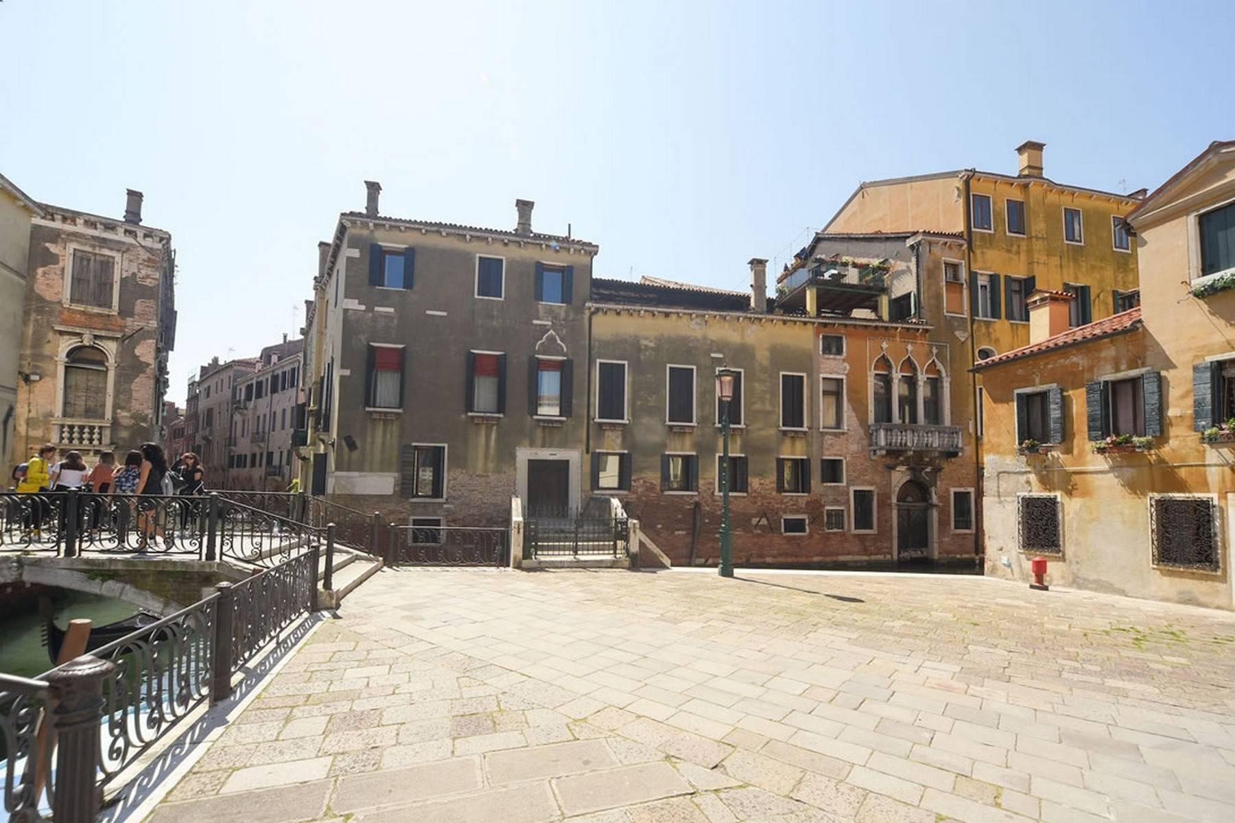 Appartement de design dans le Palazzo Querini Stampalia / S.M. Formosa - 7