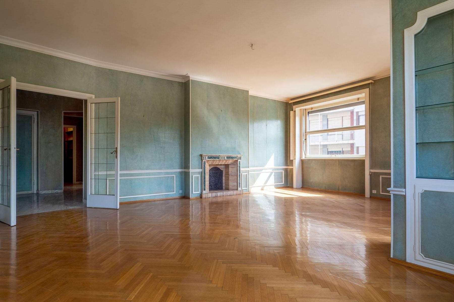 Luminoso appartamento in Piazza Adriano - 9