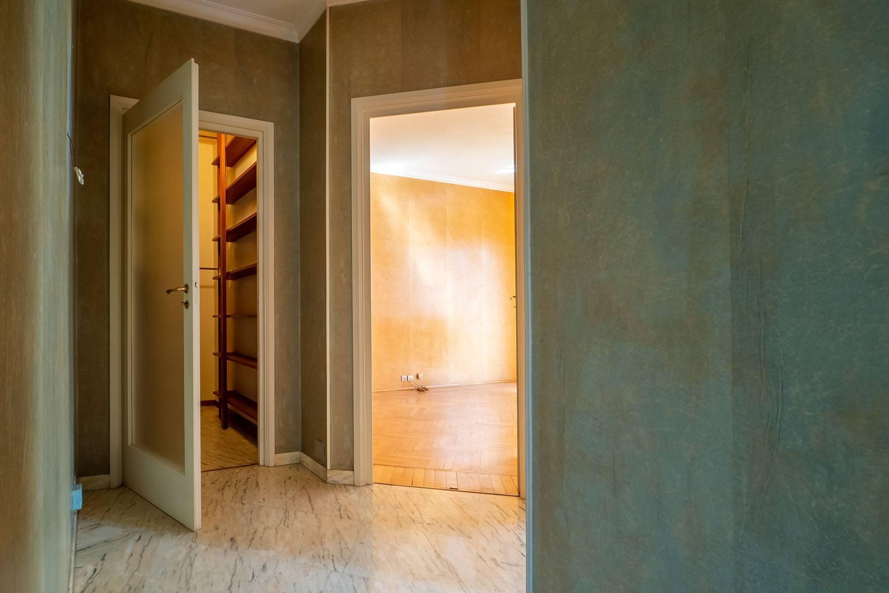 Luminoso appartamento in Piazza Adriano - 16