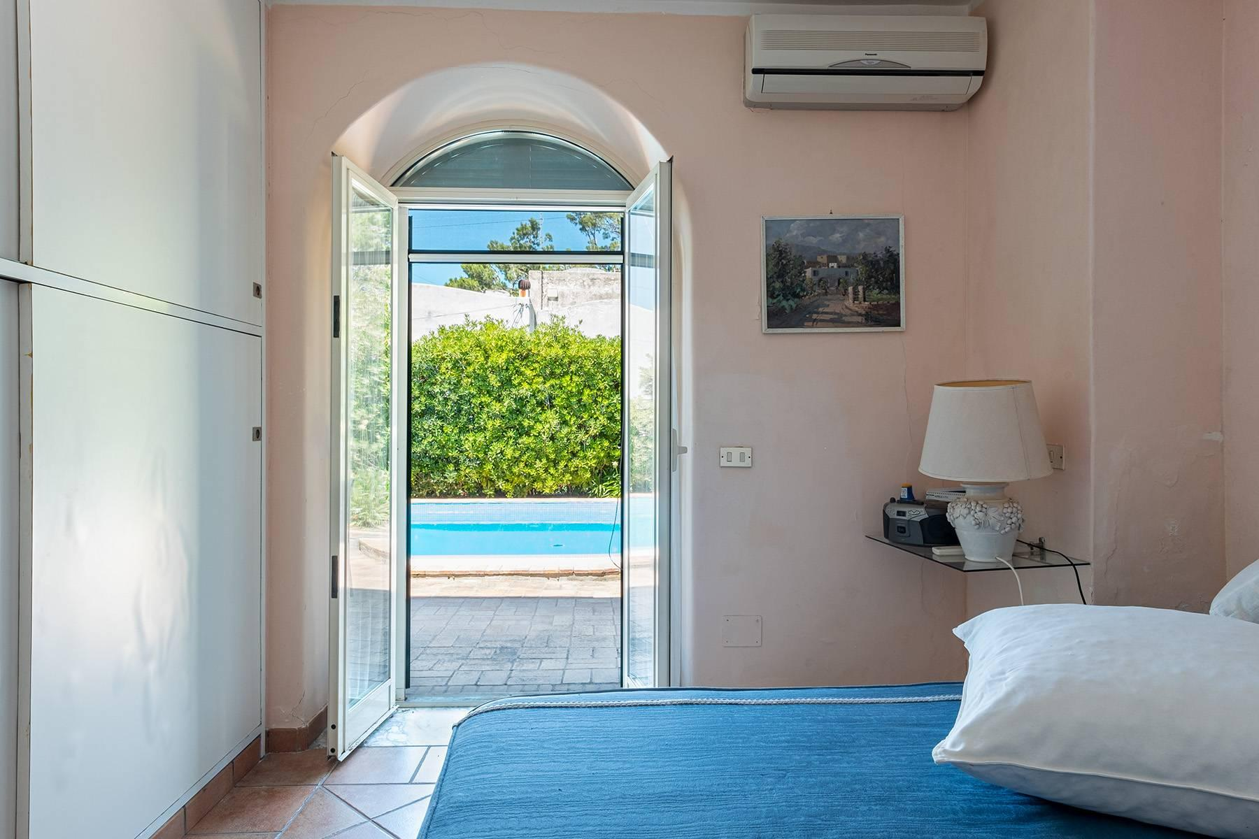 Charming villa with swimming pool in Anacapri - 12