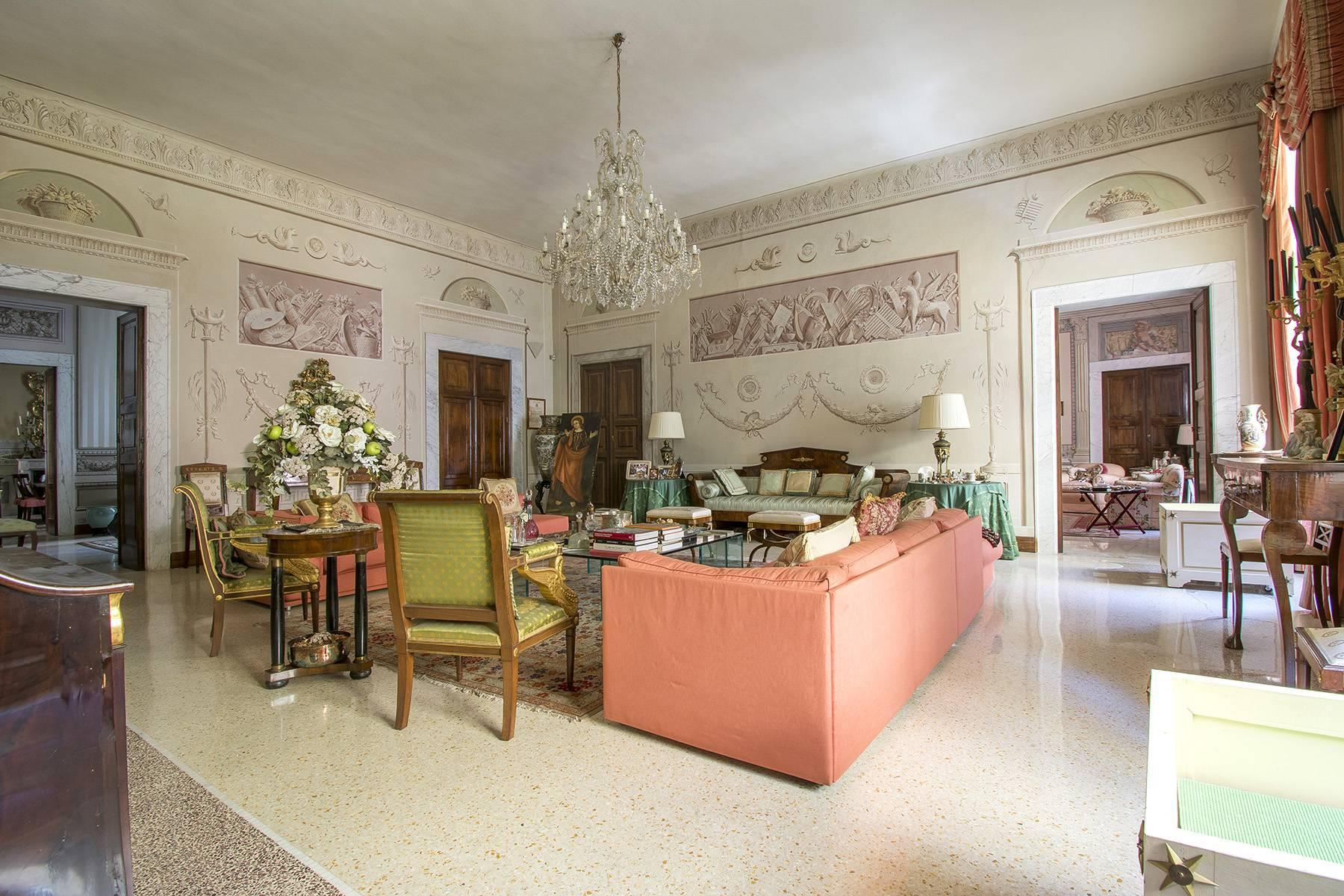 Luxury Apartment in the heart of Sarzana - 15