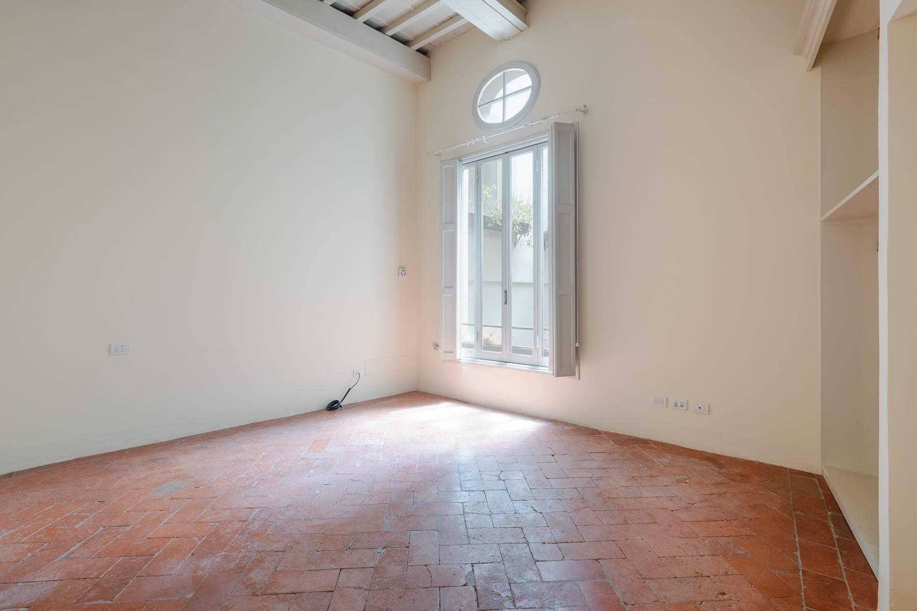 Fabulous historic apartment in the historic center of Florence - 17