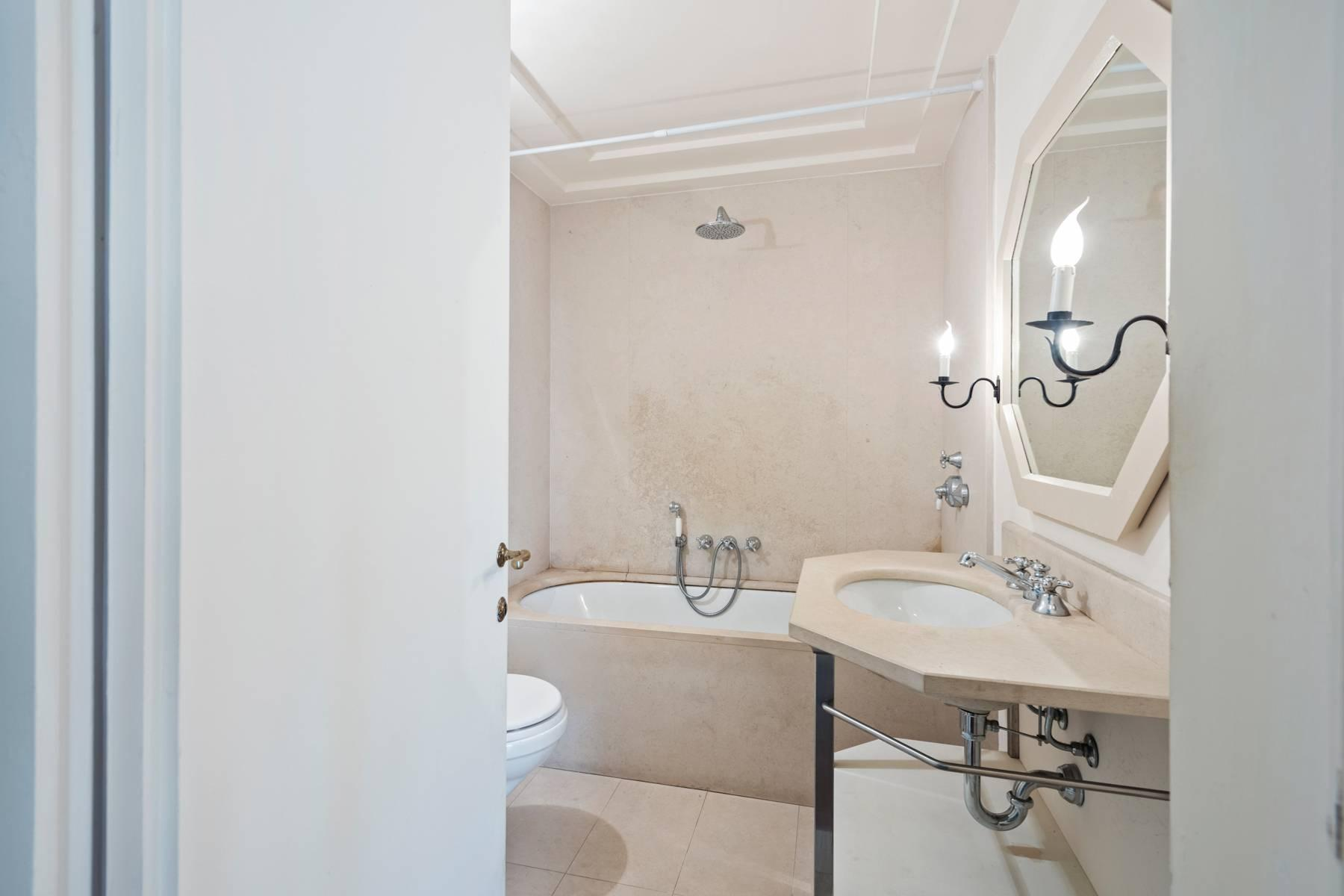 Fabulous historic apartment in the historic center of Florence - 18