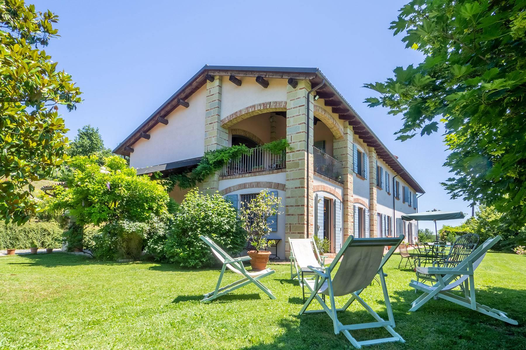 Charming farmhouse set in the green hills of Monferrato - 1