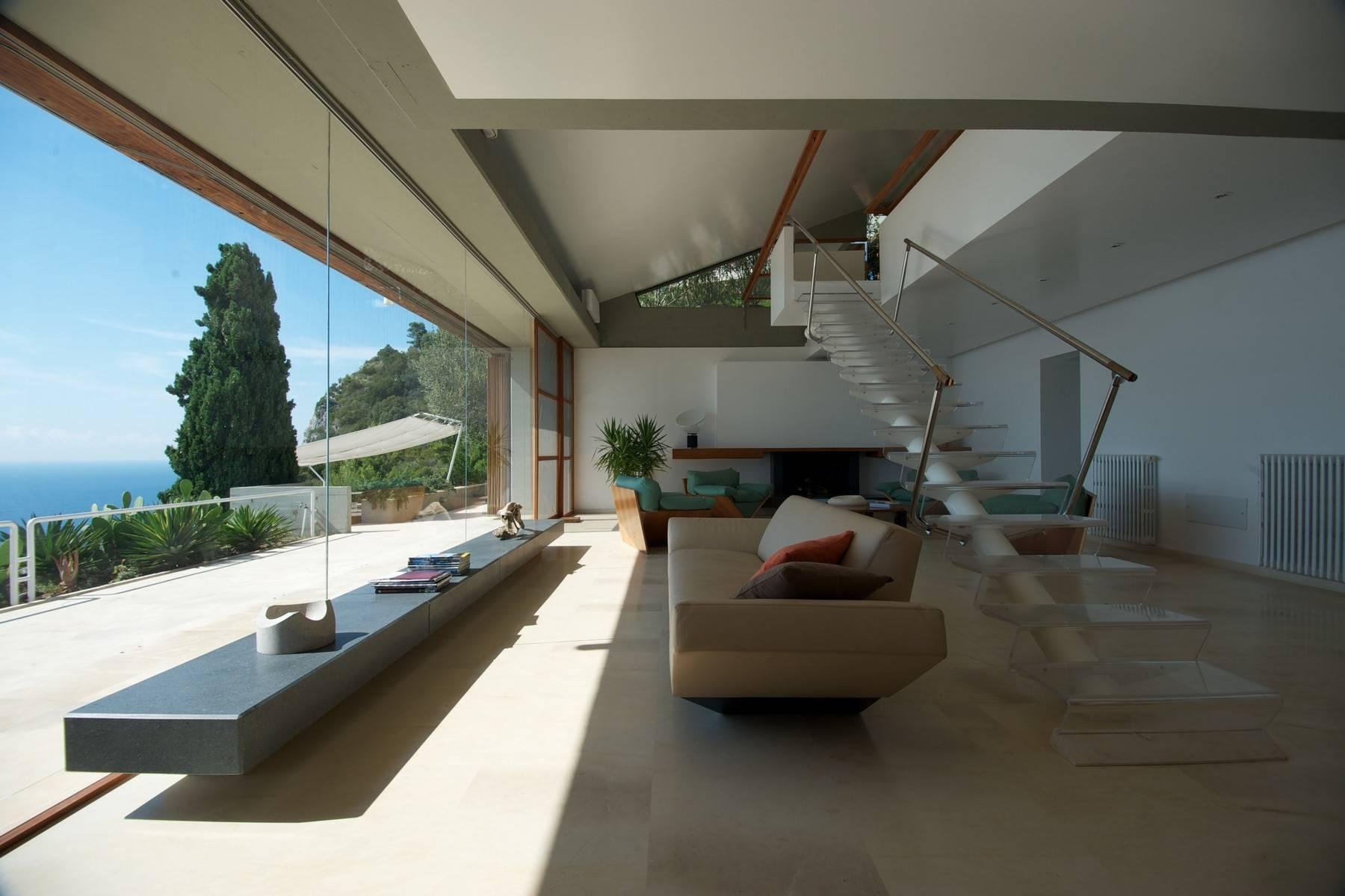 Majestueuse villa contemporaine entre ciel et mer - 1
